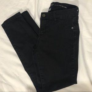 NY & Co SoHo slim leg ankle jeans 👖